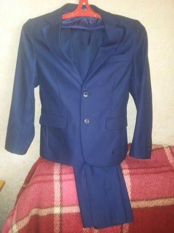 Школьная форма пиджак+брюки 140