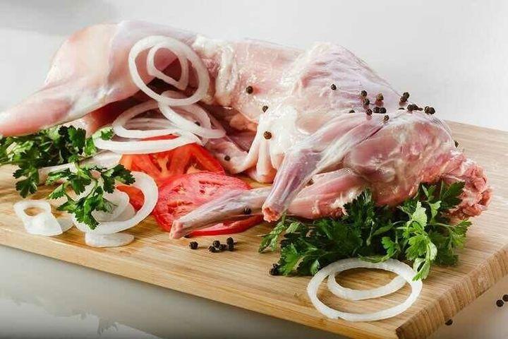Домашнее свежее мясо кролика