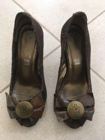 Sapatos de Senhora Prof - TAM 34