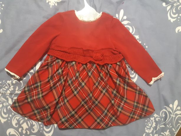 Продам платье Mayoral