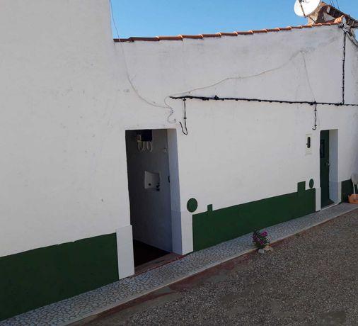 Moradia Rústica T2 em Aldeia de Sande, Borba