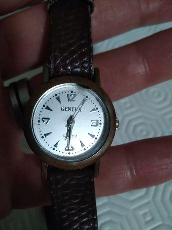 Relógio Geneva. Muito antigo.