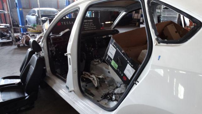 Стойка кузова центральная volkswagen passat B-7 B-8 2011-2019 год