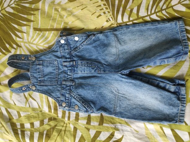 jeansowe ogrodniczki, rozmiar 74