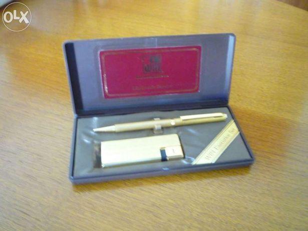 Conjunto caneta e isqueiro dourados