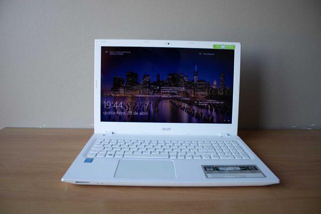 Portátil Acer E 15