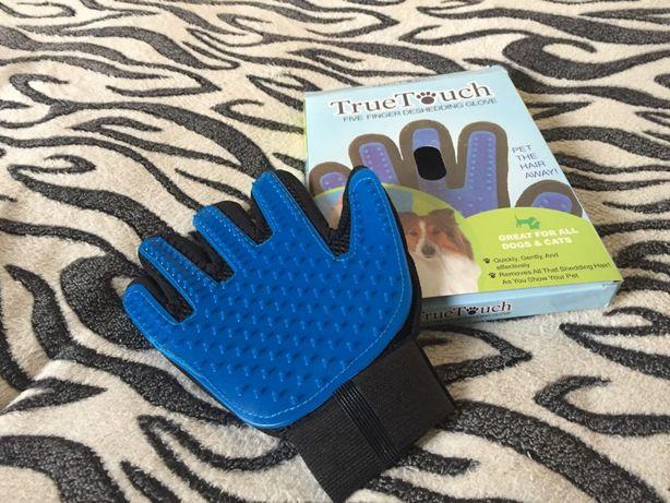Перчатка для вычесывания шерсти кошек и собак (у меня хаски)