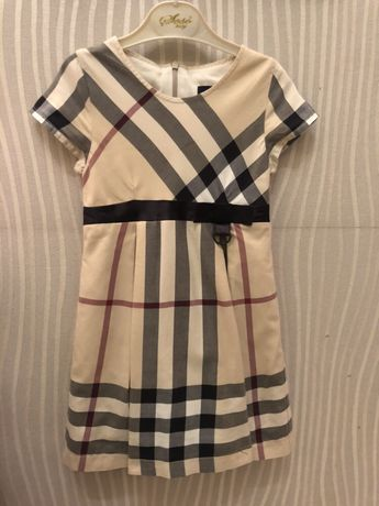 Платье Burberry на девочку 4-5 лет