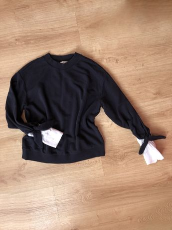 Granatowa bluza H&M wstawki koszula must have tanio
