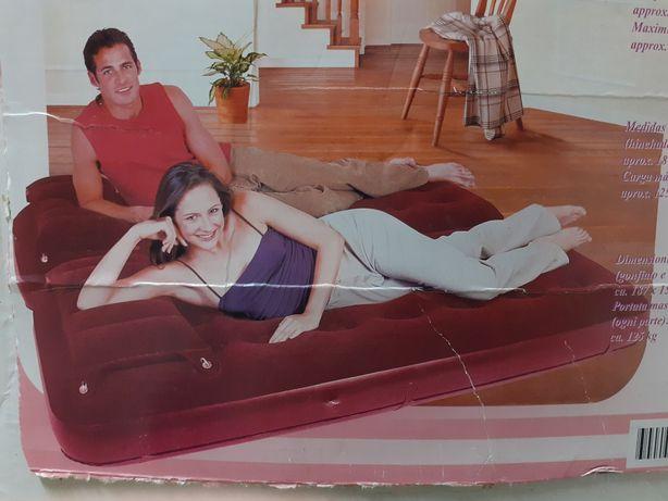Colchão insuflável para casal