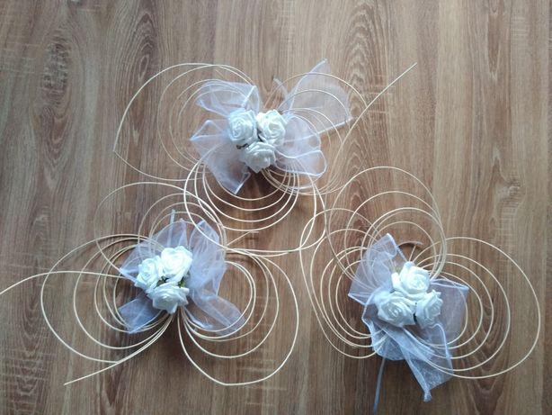 Wystrój bramy weselnej-sztuczne kwiaty