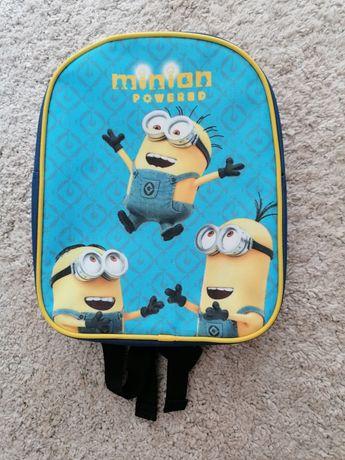 Nowy plecak minionki