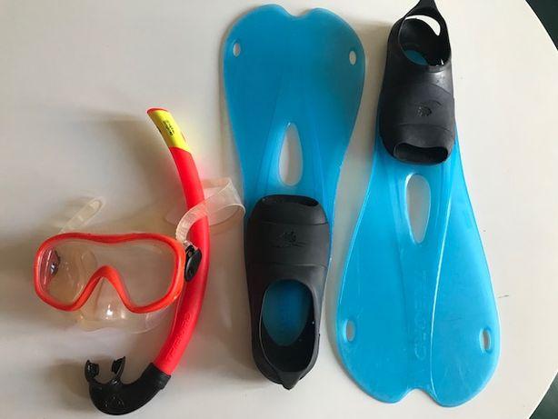 Conjunto de barbatanas, oculos e respirador