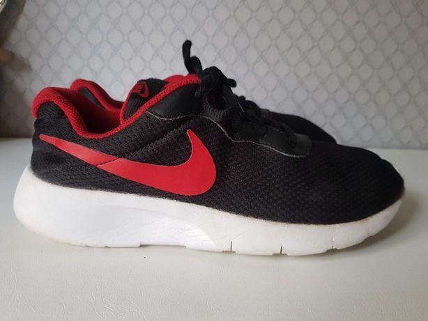 Nike Tanjun 36,5/37 23,5 cm adidasy oryginalne lekkie wygodne