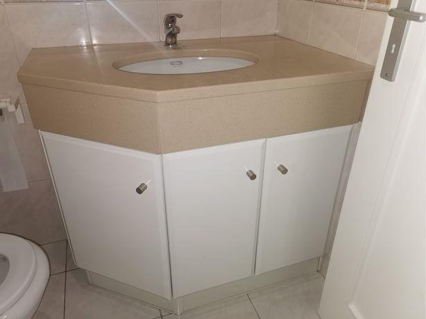 3 Moveis de casa de banho