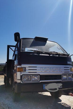 Toyota dyna 250 BU84L