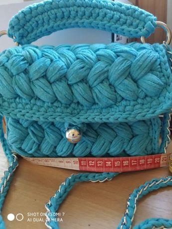 Новая сумочка-клатч,вязанный крючком.Размеры 19* 17 см