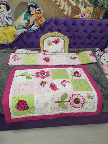 Комплект в кроватку, бортики