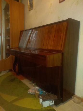 """Фортепиано """"Украина"""" в отличном состоянии. Бесплатно помогу"""