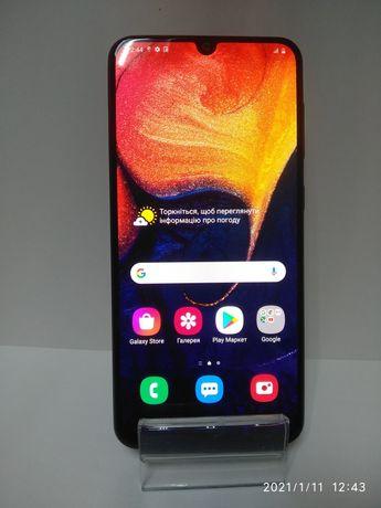 Samsung A50 , 2019 г, 4/64 gb Отличное состояние