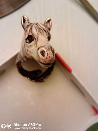Кольцо Лошадь. Эмаль. Флоренция.На любой размер. Новое