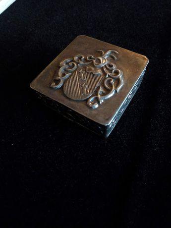 Caixinha antiga em prata