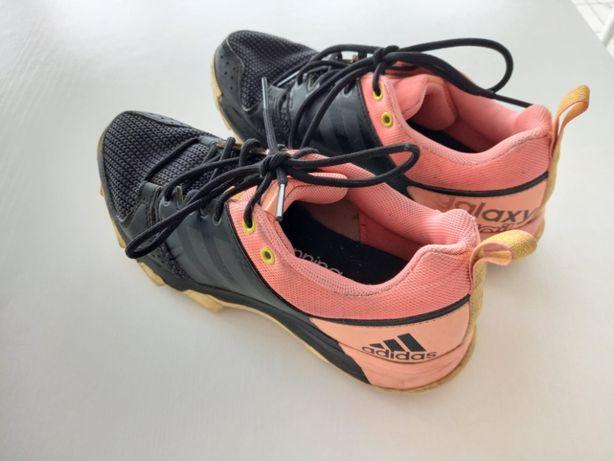 Nike douradas Sapatilhas de Senhora