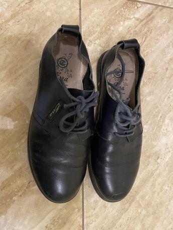 Кожанные туфли-кросовки 34, стелька 22,8 см
