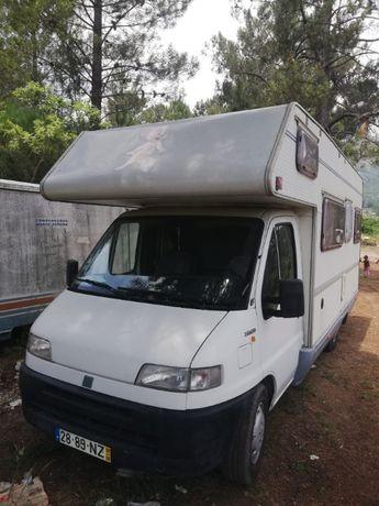 Vendo Auto Caravana de 7 lugares em muito bom estado