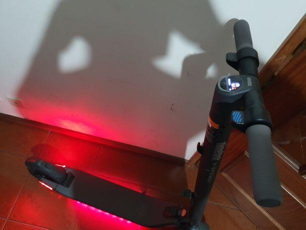 Trotinete Elétrica NINEBOT by Segway Kick Scooter ES2