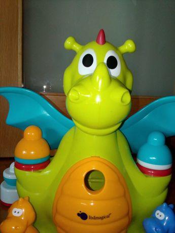 dragão brincar bebé e criança