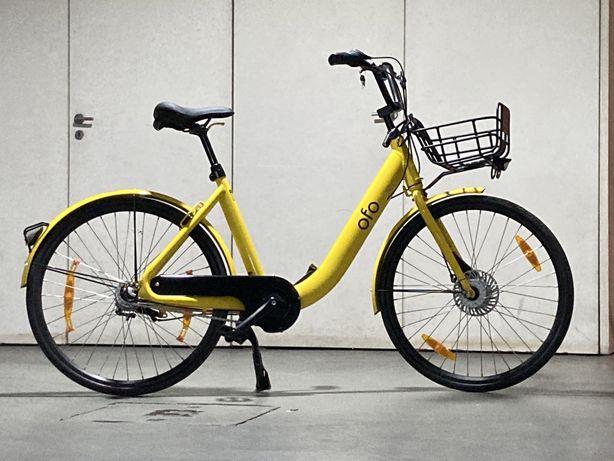 Bicicleta de cidade shimano nexus, dinamo, travões e mudanças de cubo