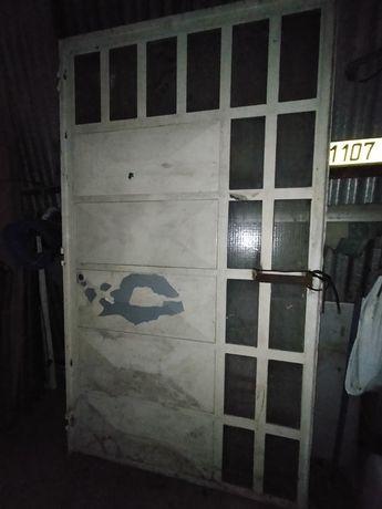 Portão em ferro galvanizado