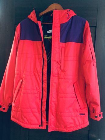 Женская горнолыжная куртка. S размер