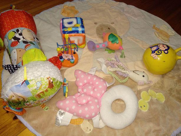 Zestaw grzechotka zabawki sensoryczne mata do zabawy aniołek