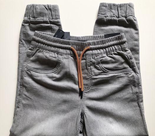 Spodnie Reserved Jogger 134 nowe