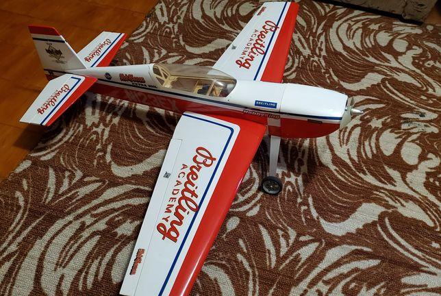 Самолёт на радиоуправлении HobbyKing Extra aerobat 300l 930mm