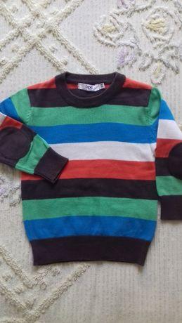 Продам свитер на малыша