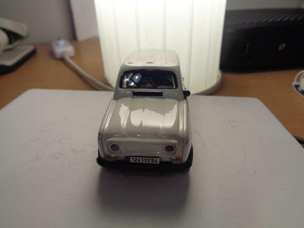 Carro Miniatura Renault 4 L Oferta Envio Registado