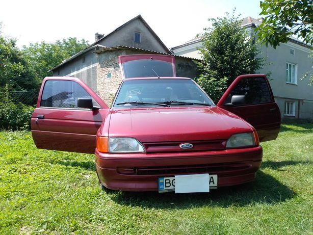 Ford escort 1.4 газ/бензин
