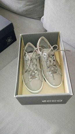 Buty firmy 'Ecco' ze skóry naturalnej