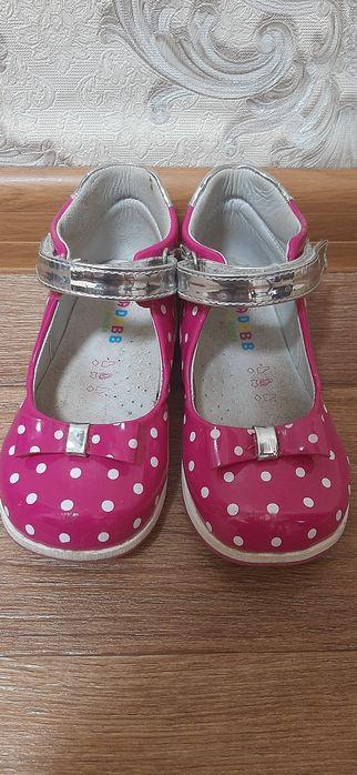 Продам красивые туфельки для девочки Кропивницкий - изображение 1