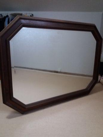 Espelho em madeira de castanho