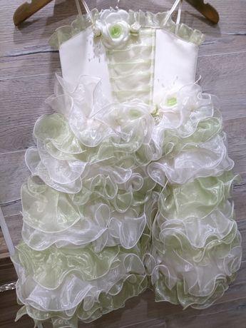 Продам  платье в садик (выпускной)