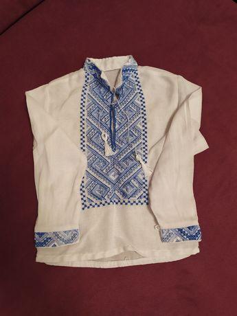 Вышиванка, рубашки бодики, спортивный костюм размер 12 месяцев