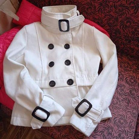 Пальто женское 42р деми куртка