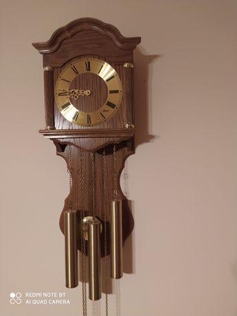 Zegar HERMLE ścienny, naciągany-3 szyszki.