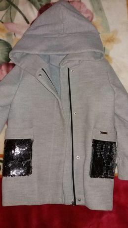 Пальто,пальтишко демисезонное р.128см