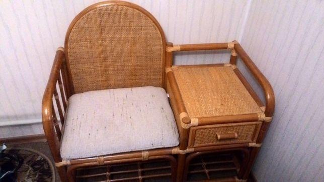 Столик под телефон Пекин