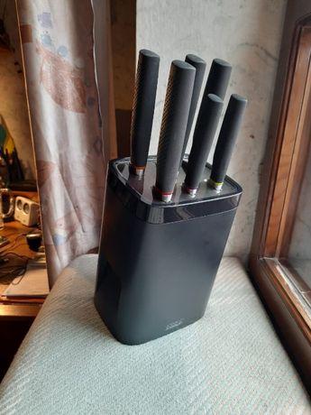 Набор ножей, подставка, точилка, кухонные аксессуары JOSEPH JOSEPH